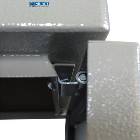 http://www.nilart.com.br/galeria/quadro-comando-sem-flange-caixa-hermetica-montagem-painel-cm-3.jpg